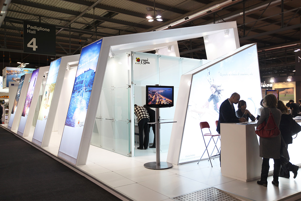 Stand d exposition sopromar agencement sur mesure for Agencement de stand
